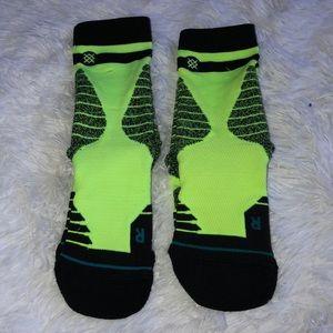 6-8.5 NWT Stance Fusion 359 Basketball Black//Neon Yellow Volt Socks Men/'s Sz M